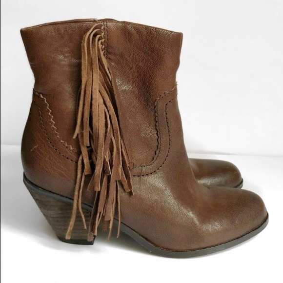 d030f7aa26ac6 Sam Edelman Louie Dark Brown Fringe Leather Boots.  M 5b8185895bbb802bf1f59cde
